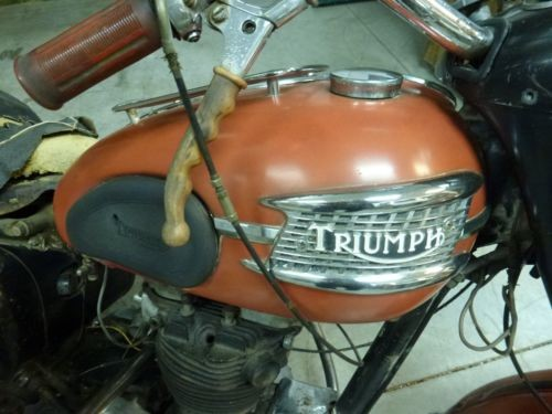 1959 Triumph Thunderbird Red for sale