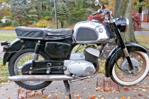 1964 Yamaha YD3 black photo