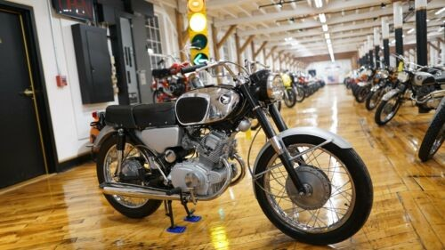 1965 Honda CB Black photo