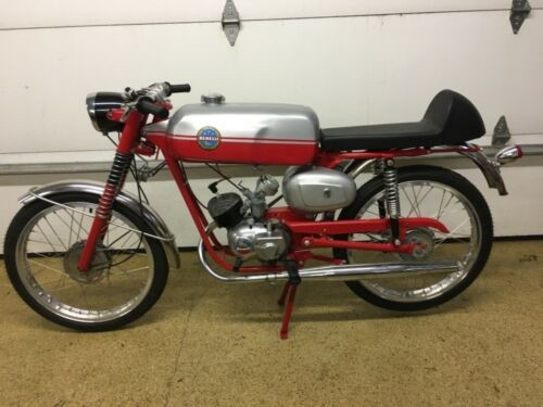 1966 Benelli fireball 50 red photo