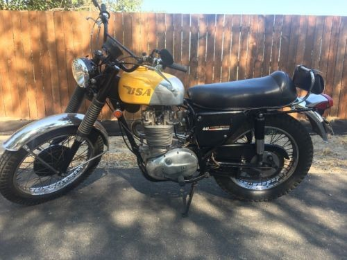 1968 BSA 441 Victor Special Yellow photo