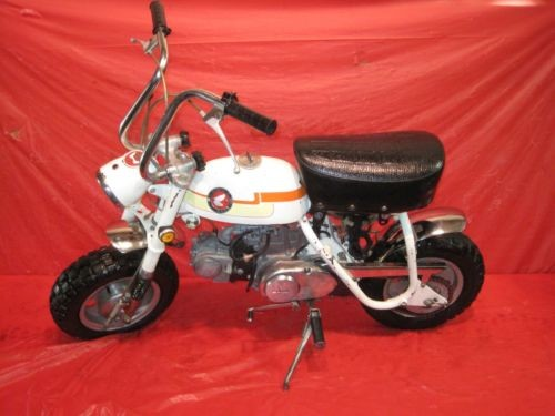 1969 Honda MINI TRAIL Z50 White photo