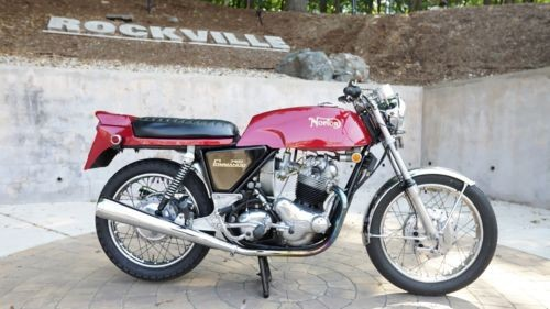 1970 Norton 750R Commando Roadster Dunstall Red photo