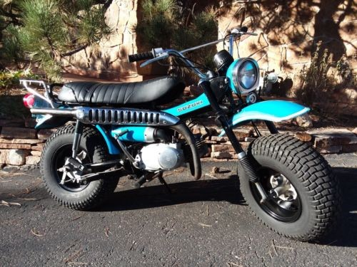 1971 Suzuki RV90 Blue photo