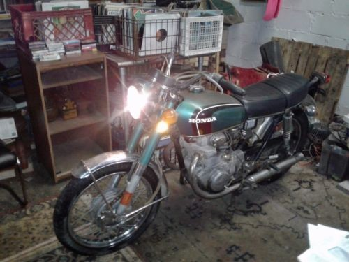 1972 Honda CB 350 Green photo