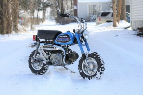 1972 Honda Z50 Blue photo