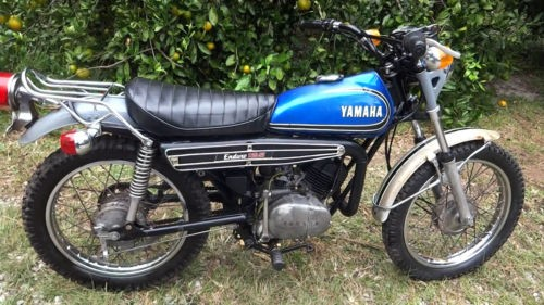 1973 Yamaha 125 Enduro Blue photo