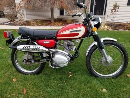 1974 Honda CL Red photo