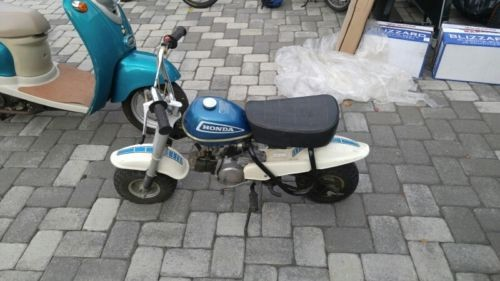 1974 Honda QA 50 Blue photo