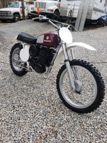 1974 Husqvarna husqvarna Burgundy photo