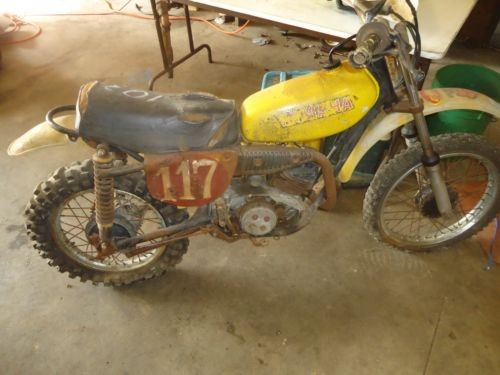 1975 Yamaha YZ  photo