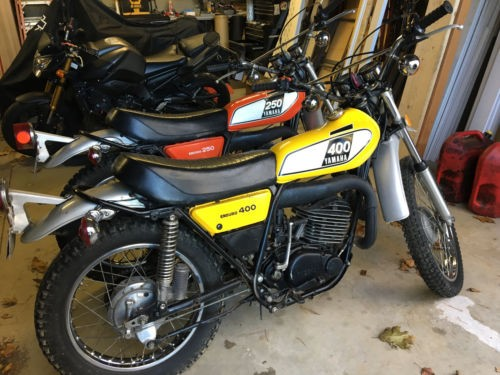 1975 Yamaha dt 400 Yellow photo
