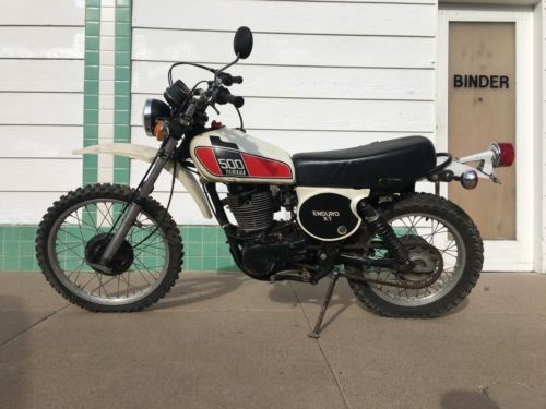 1976 Yamaha XT White photo