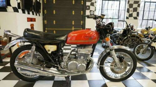 1977 Suzuki GT550 Red for sale