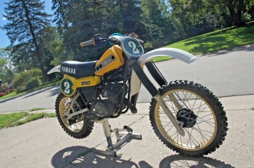 1979 Yamaha YZ Yellow photo