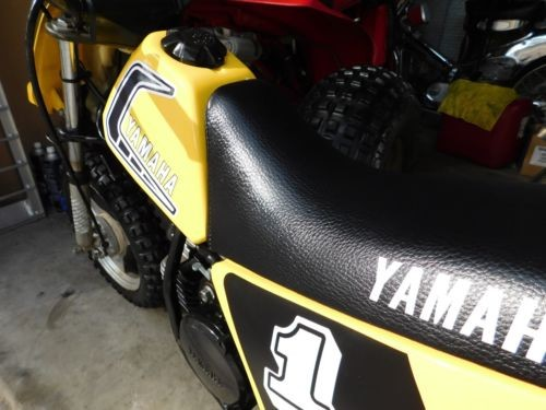 1981 Yamaha YZ Yellow photo