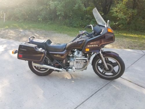 1982 Honda GL Brown photo