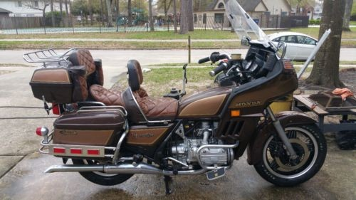 1982 Honda Gold Wing Brown photo