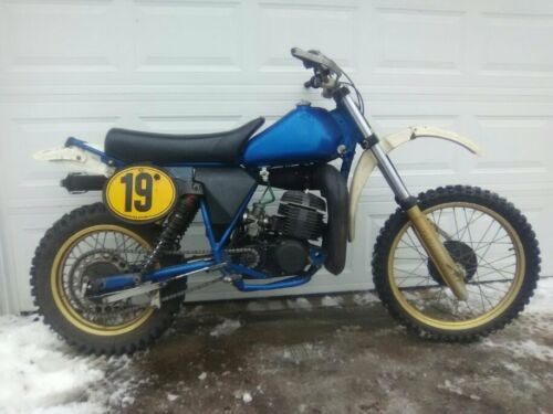 1982 Husqvarna 430 Blue photo