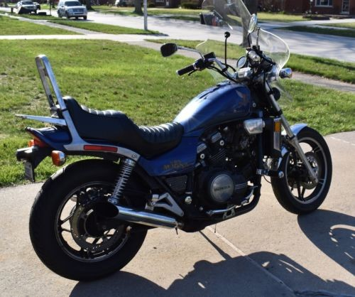 1983 Honda Magna Blue photo