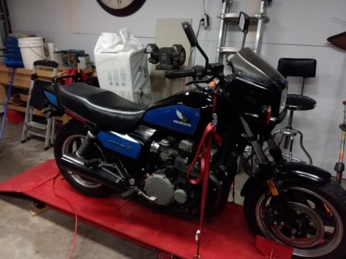1984 Honda CB Blue photo