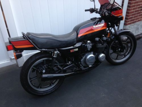 1984 Kawasaki Other Black photo