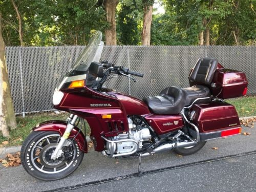 1985 Honda Gold Wing Burgundy photo