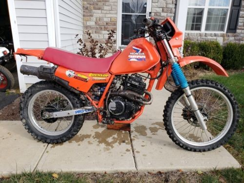 1985 Honda XL Orange photo