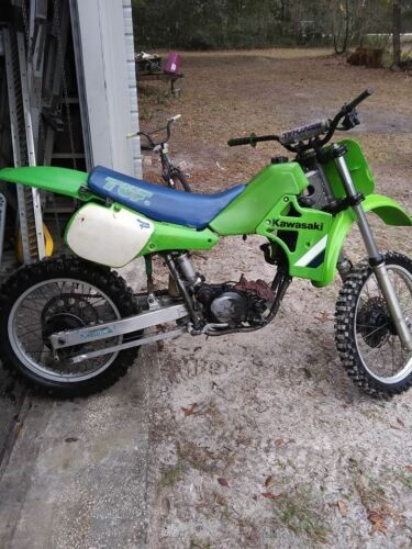 1985 Kawasaki KX Green photo