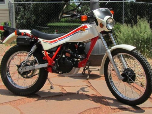 1986 Honda TLR REFLEX WHITE photo