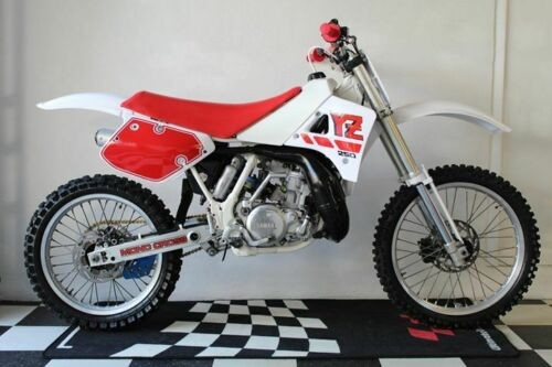 1989 Yamaha YZ  photo