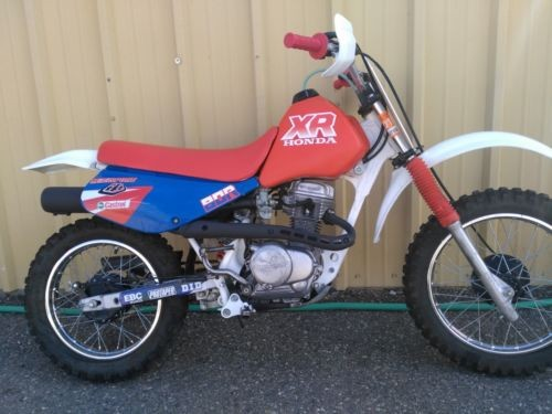 1990 Honda XR Red photo