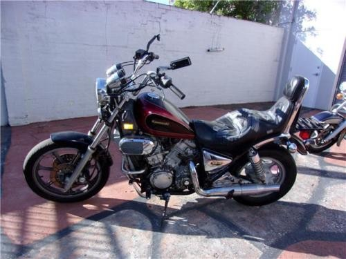 1990 Kawasaki Vulcan -- Red photo