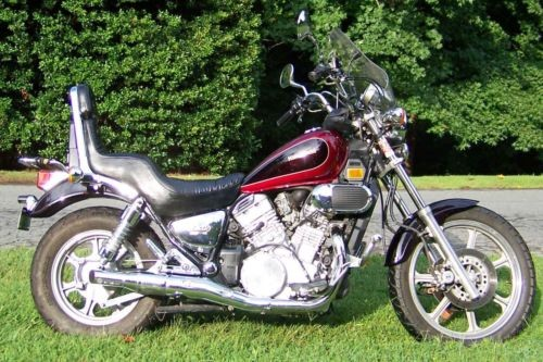 1991 Kawasaki Vulcan Burgundy photo