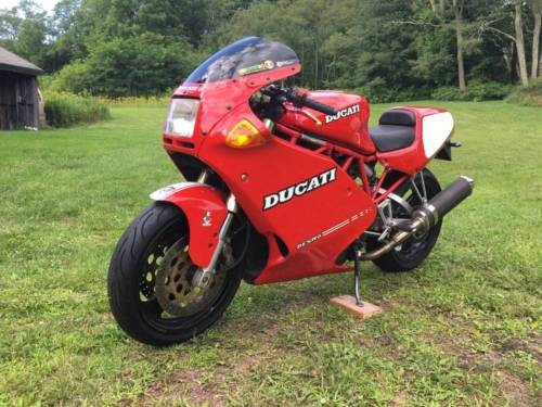 1993 Ducati Supersport Red photo