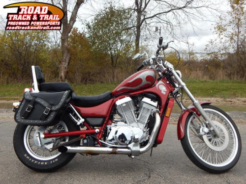 1994 Suzuki Intruder -- Maroon photo