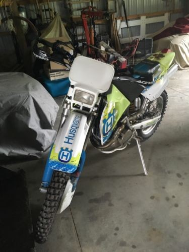 1995 Husqvarna 350WXE Blue photo