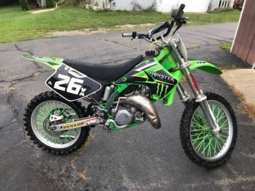 1996 Kawasaki KX Green photo