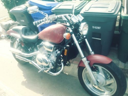 1997 Honda Magna Red photo