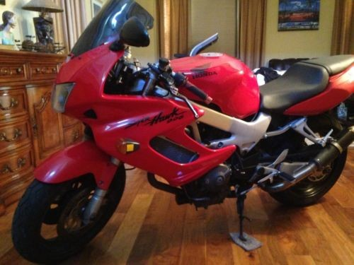 1998 Honda Super Hawk Red for sale