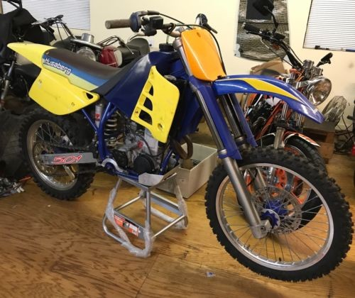 1998 Husaberg 501 Yellow photo