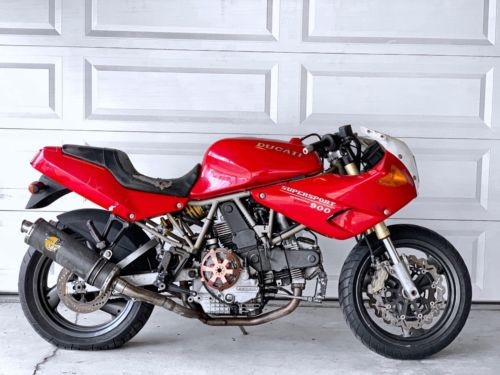 1999 Ducati Supersport Red photo