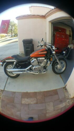 1999 Honda Magna Black/orange photo