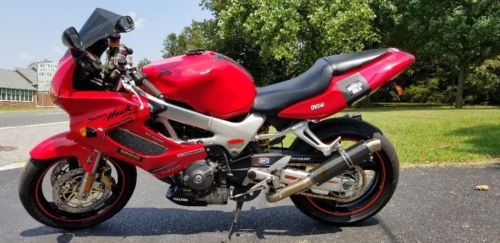 1999 Honda NightHawk 996 Red photo