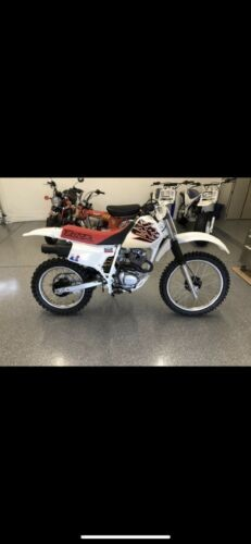 1999 Honda XR White photo