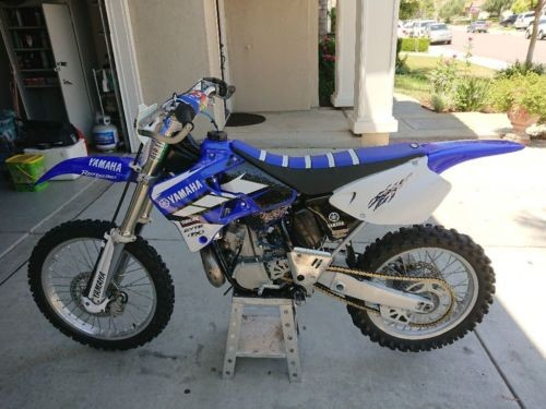 1999 Yamaha YZ Blue photo