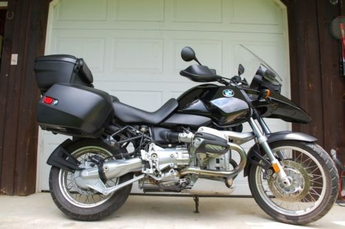 2000 BMW R-Series Black photo