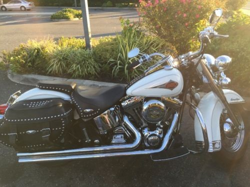 2000 Harley-Davidson Softail Pearl White photo