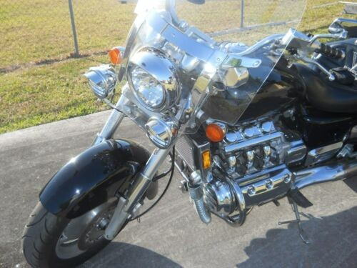 2000 Honda Valkyrie Black photo
