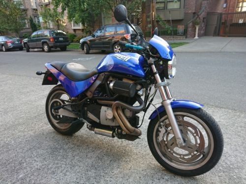 2001 Buell Cyclone Blue photo